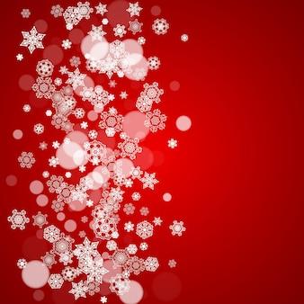 赤い背景にクリスマスの雪片。季節の冬のバナー、ギフトクーポン、バウチャー、広告、パーティーイベントのフレーム。サンタクロースはクリスマスの雪で彩ります。休日のお祝いのために降る雪