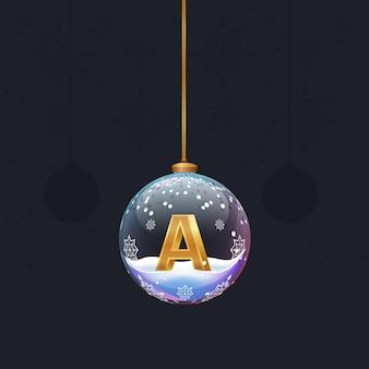 새해 나무 장식 안에 황금 3d 문자 a가 있는 크리스마스 장난감 유리 공