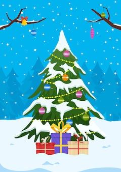冬の風景にギフトや装飾が施されたクリスマスツリー。