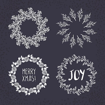 クリスマスの花輪が描か