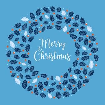 ホリーベリー、雪、青色の背景に葉とクリスマスリース。手描きのサークルフレーム。冬のお祝いはがきのデザイン要素