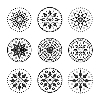 원형 장식품 컬렉션. 장식 라운드 장식품. 오리엔탈 패턴 세트. 삽화