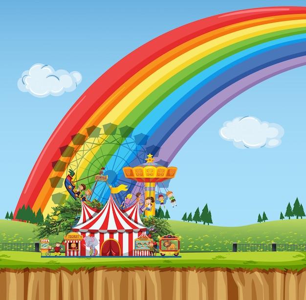 Цирковая сцена с палаткой и множеством аттракционов