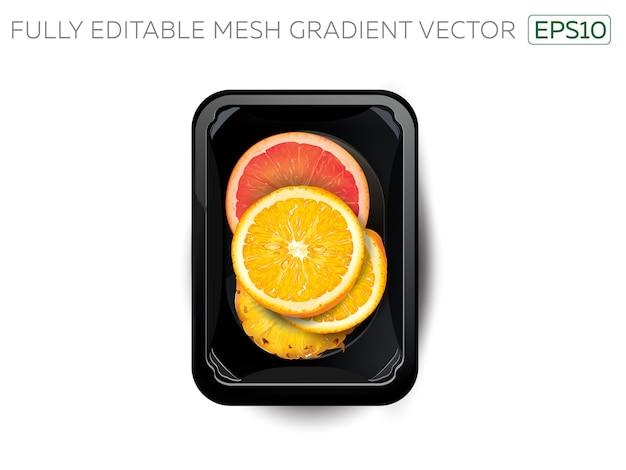 Цитрусовые и ломтики ананаса в коробке для завтрака.