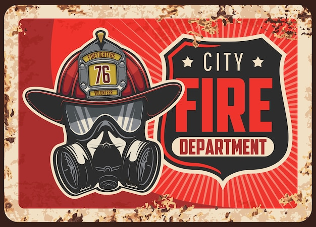 市消防署のさびた金属板。バッジ付き消防士のヘルメットまたはレザーヘッド、自給式呼吸器または防毒マスク。緊急事態救助サービスのレトロなバナー
