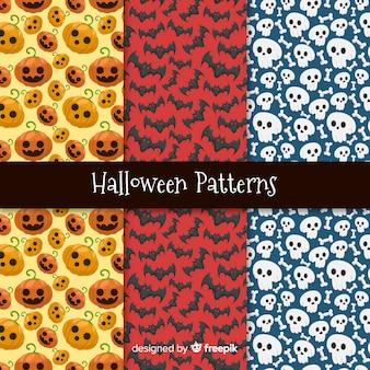 Classic hand drawn halloween pattern collection