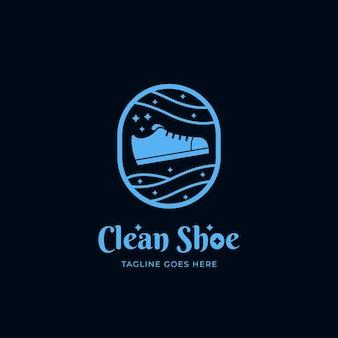 깨끗하고 빛나는 신발 세탁 청소 서비스 로고 아이콘 배지