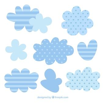 귀여운 줄무늬와 물방울 무늬가있는 구름