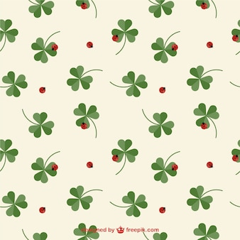 Clover and ladybug pattern