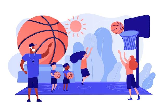 Allenatore che insegna e bambini che praticano basket in un campo estivo, persone minuscole. campo di pallacanestro, accademia, raggiungere il concetto di obiettivi di basket. pinkish coral bluevector illustrazione isolata