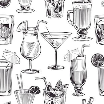 カクテルのシームレスなパターン。手描きのカクテルとアルコールは、さまざまなワイングラス、バーメニューで飲みます。テクスチャイラスト