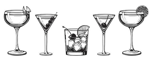 Коктейли алкогольные дайкири, старомодные, манхэттен, мартини, бокалы с коляской рисованной гравировки векторные иллюстрации. набор изолированных черный и белый винтажный стиль напитков.