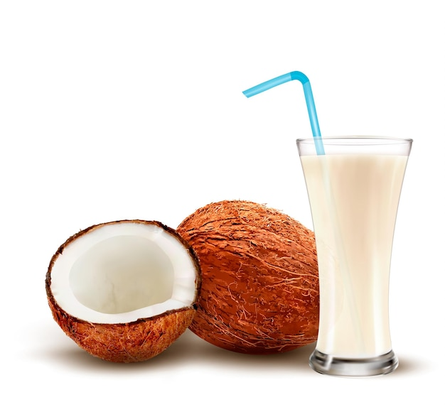 Кокос с коктейлем из кокосового молока.