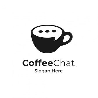 Кофе и пузырь чат логотип концепции.