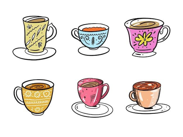 コーヒーと紅茶のマグカップコレクションセット。手描き白い背景で隔離。漫画のスタイル。装飾、カード、プリント、ウェブ、ポスター、バナー、tシャツのデザイン