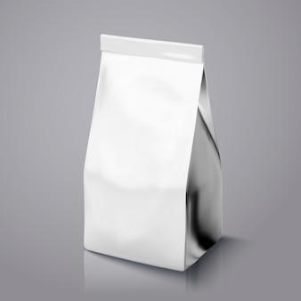 Пакет кофейных зерен, пакет из серебряной фольги на иллюстрации для использования