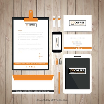 オレンジ色のコーヒーショップのアイデンティティコーポラティブ