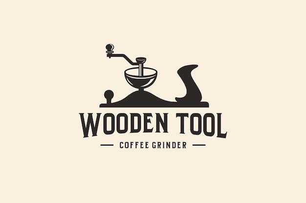 Дизайн логотипа кофейного инструмента с ретро деревянными инструментами