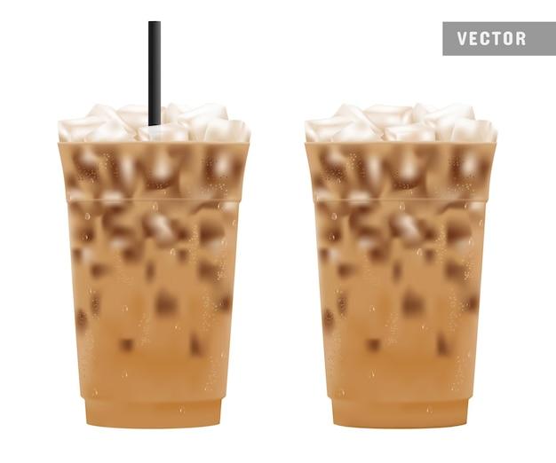 プラスチックカップパッケージの冷たいアイスコーヒー