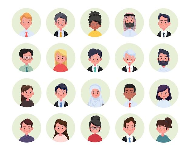 多様な多民族と混合年齢の笑顔のカジュアルな人々のグループのコラージュ。