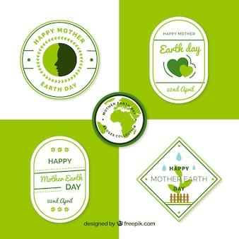 Collezione di badge per la giornata internazionale della terra