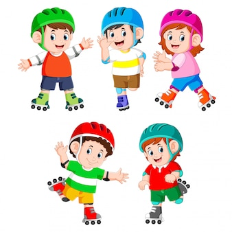 The collection of the children playing the roller skate