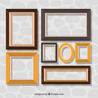 Raccolta di cornici decorative in design piatto