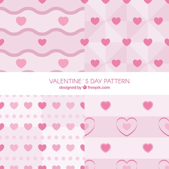 Raccolta di modelli di quattro di san valentino a toni rosa