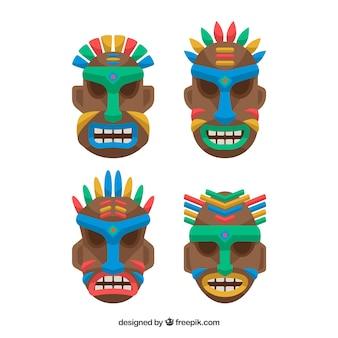 アフリカの部族のマスクのコレクション
