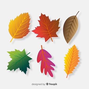 Коллекция осенних листьев реалистичного стиля