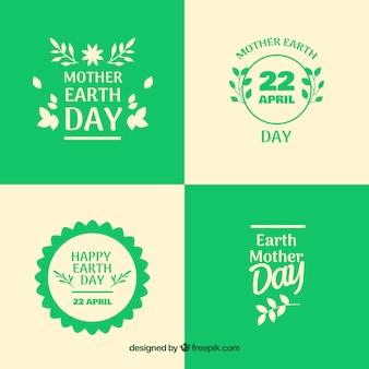 国際地球の日のためのバッジのコレクション