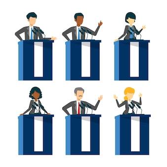 Сборник кандидатов в президенты, стоящих в костюме на трибуне.