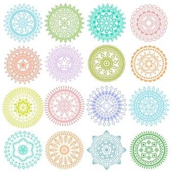 明るいカラフルな幾何学的な円形の民族的な装飾的な要素のコレクションベクトル曼荼羅