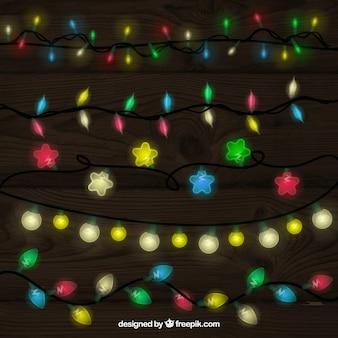 カラフルなクリスマスライトのコレクション