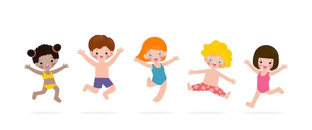 Коллекция милых детей, прыгающих, наслаждающихся летом на пляже группа детей, веселых на отдыхе