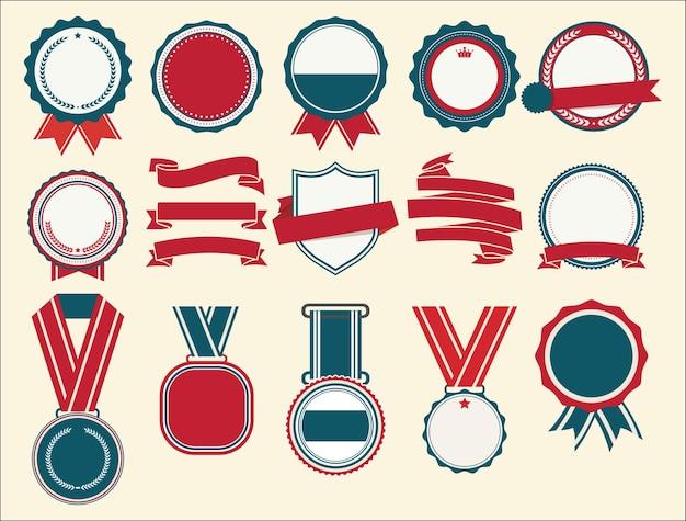Коллекция плоских щитов, значков и этикеток в стиле ретро