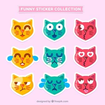 Коллекция забавной кошки наклейки в плоском дизайне