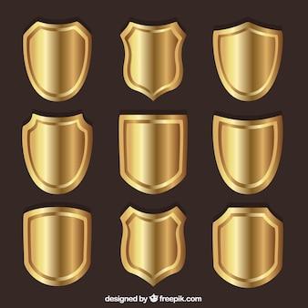 金色の盾のコレクション