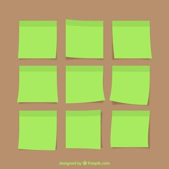 緑色の付箋のコレクション