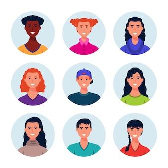 さまざまな人々の手描きのプロフィールアイコンのコレクション