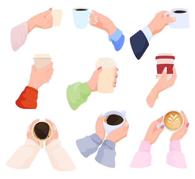 Коллекция человеческих рук, держащих горячие напитки и кофе, заваривающего кофе эспрессо с сахаром и бодрящими ...