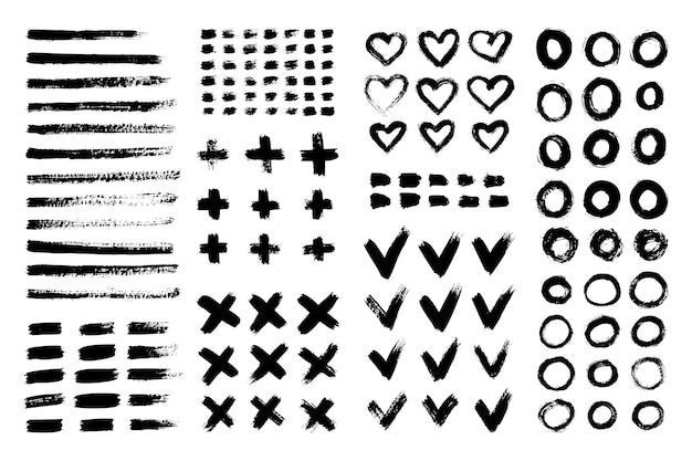 잉크 브러시 스트로크 플러스, 하트, 십자가, 원, 체크 표시, 줄무늬의 컬렉션입니다. 벡터 그런 지 브러쉬 세트입니다. 디자인 요소의 더러운 질감. 흰색 배경에 고립 된 페인트 개체