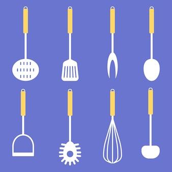 青い背景の上のキッチンツールのコレクションフラットスタイルでベクトルイラストを調理するためのセット