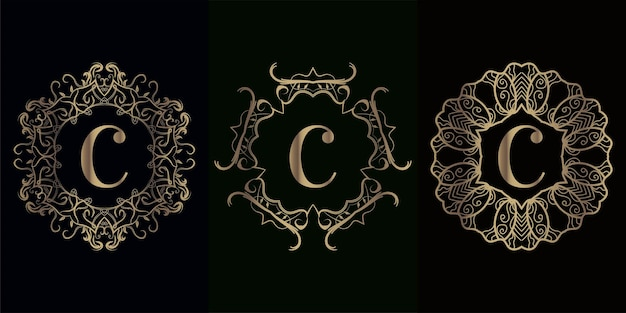 고급 만다라 장식 프레임이있는 로고 이니셜 c 컬렉션