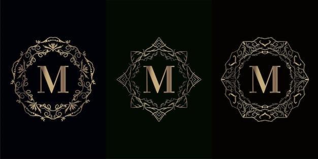 럭셔리 만다라 장식 프레임이있는 로고 이니셜 m 컬렉션 럭셔리 만다라 장식 프레임
