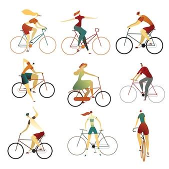 さまざまな種類の自転車に乗る人のコレクション。バイクの男性と女性の漫画のセット。カラフルなイラスト。