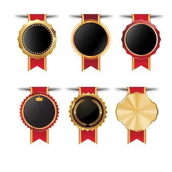 ゴールドボーダーの高品質の空のバッジのコレクション。エレガントな黒、金、緑、赤。デザイン要素ラベル、シール、バナー、バッジ、スクロール、証明書、装飾品