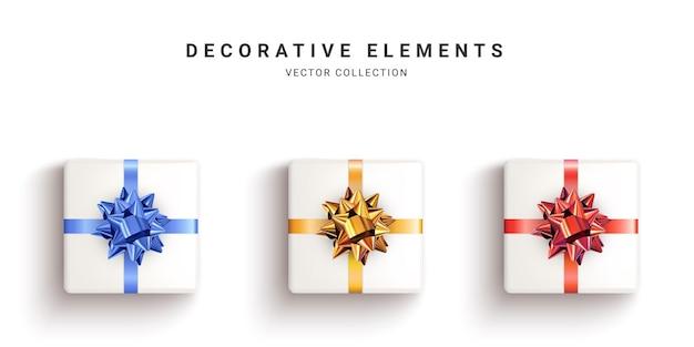 リアルな白いギフトボックス、白い背景で隔離の装飾的なプレゼントのコレクション。上面図。