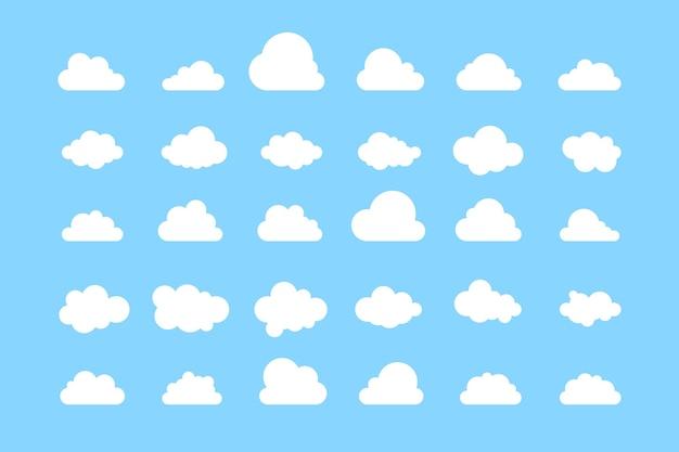 青い背景に分離された単純な雲のコレクション