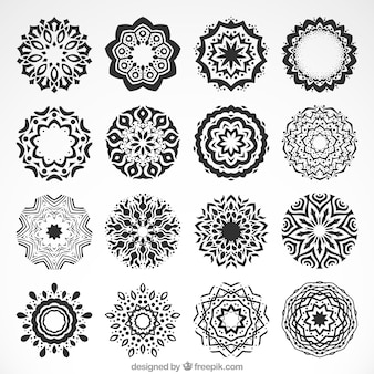 Raccolta di mandala ornamentali